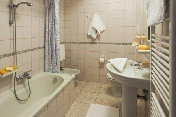 bagno-appartamento-A-sottomarina